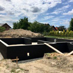 Wykonanie ścian fundamentowych pod budowę domu jednorodzinnego w Krzyżanowicach - BAUMAG - fot.7