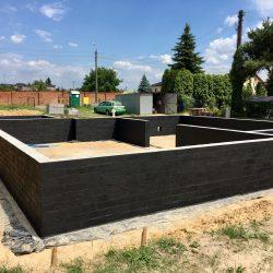 Wykonanie ścian fundamentowych pod budowę domu jednorodzinnego w Krzyżanowicach - BAUMAG - fot.10