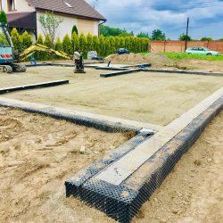 Zalanie fundamentów pod budowę domu jednorodzinnego w Krzyżanowicach - BAUMAG - fot.4