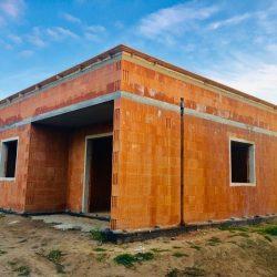 Dom jednorodzinny w stanie surowym otwartym - BAUMAG - fot.1