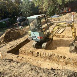 Wyrównywanie i przygotowanie działki pod rozbudowę domu jednorodzinnego w Wodzisławiu Śląskim - BAUMAG - fot.1