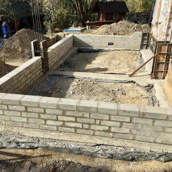 Wykonanie ścian fundamentowych pod budowę domu jednorodzinnego w Wodzisławiu Śląskim - BAUMAG - fot.1