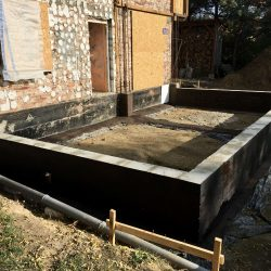 Wykonanie ścian fundamentowych pod budowę domu jednorodzinnego w Wodzisławiu Śląskim - BAUMAG - fot.4