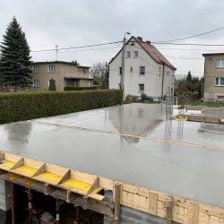 Zalanie stropu nad piwnicą. Nadbudowa domu jednorodzinnego w Raciborzu - BAUMAG - fot.2