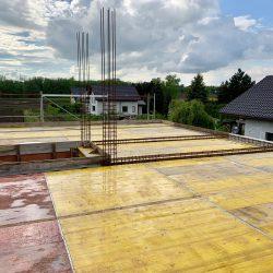 Wykonanie stropu nad parterem. Nadbudowa domu jednorodzinnego w Raciborzu - BAUMAG - fot.1
