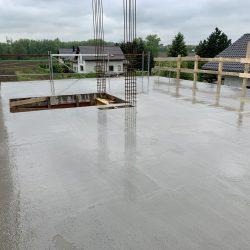Zalanie stropu nad parterem. Nadbudowa domu jednorodzinnego w Raciborzu - BAUMAG - fot.2