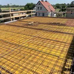 Wykonanie stropu nad pierwszym piętrem. Nadbudowa domu jednorodzinnego w Raciborzu - BAUMAG - fot.1