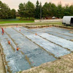 Wykonanie fundamentów i instalacji wod - kan pod budowę domu jednorodzinnego w Owsiszczach - BAUMAG - fot.2