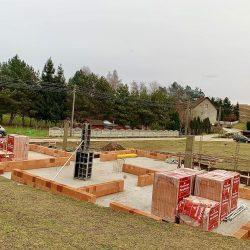Wykonanie ścian nośnych - stan surowy otwarty domu jednorodzinnego, Owsiszcze - BAUMAG - fot.1