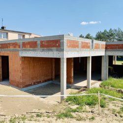 Dom jednorodzinny niepodpiwniczony w stanie surowym otwartym w Owsiszczach - BAMUAG - fot.1